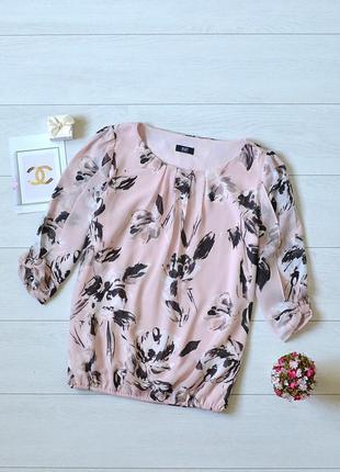 Ніжна пудрова блуза в квіти f&f