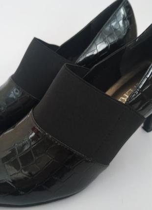 Лакированные туфли pavers 38 р*туфли