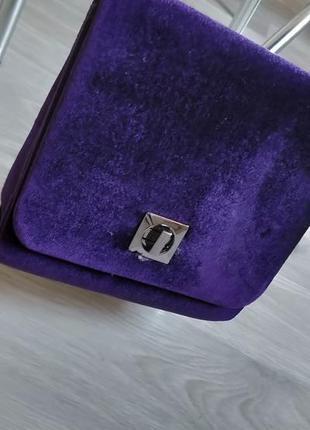 Женская бархатная сумка клатч на цепочке new look