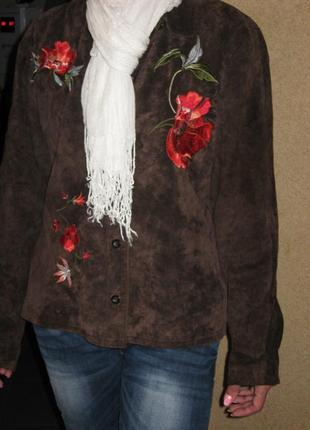 Куртка замшевая с вышивкой маки