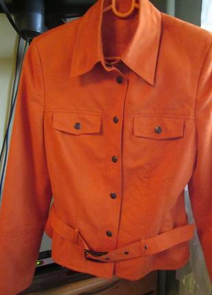 Ветровка апельсиновый цвет пр-во украина рост 164 см