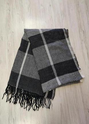 Клетчатый большой шарф