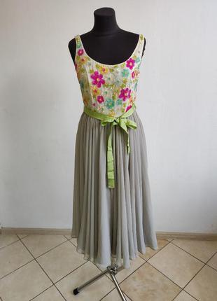 Вечернее платье миди с топом в цветочки и пояском