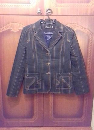 Джинсовая тройка пиджак, жилет, юбка