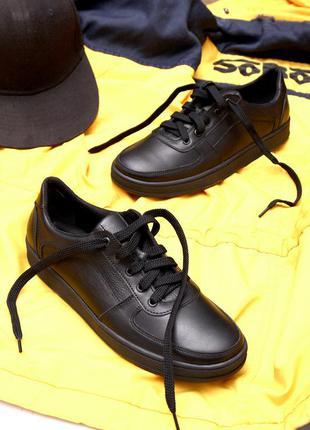 Женские кожаные кроссовки кеды туфли на шнурках низком ходу на...