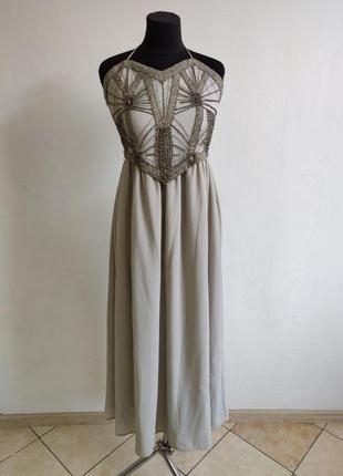 Вечернее платье с вышитим бисером на топе и зав'язкой на шею