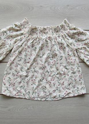 №100 цветочная футболка блуза со спущенными плечами от clockhouse