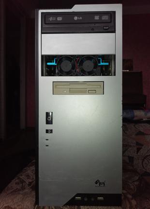 Продам настольный компьютер AMD Sempron, 1800 MHz 3000+
