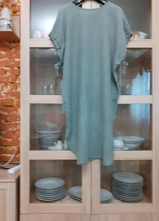 Очень стильное котоново-льняное платье большого размера италия