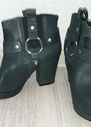 Кожаные ботинки на каблуках topshop