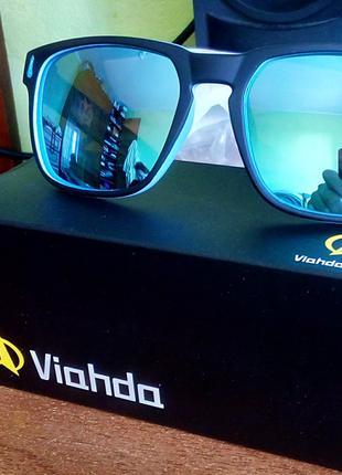 Поляризовані сонцезахисні окуляри солнцезащитные очки