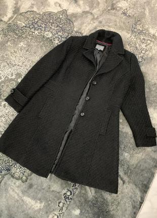 Черное шерстяное пальто классика