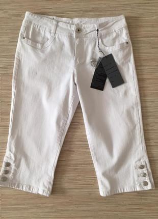 Новые (с этикеткой) джинсовые капри белого цвета новые размер ...