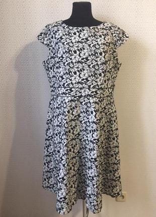 Добротное платье большого размера (англ 22, укр 56-58-60) от б...
