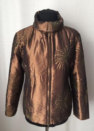 Красивая весенняя куртка с паетками от бренда joy, размер нем ...