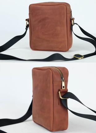 Кожаная мужская сумка из натуральной винтажной кожи цвета коньяк