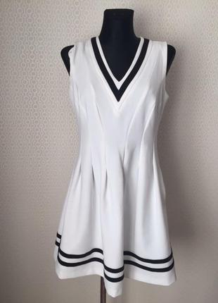 Не банальное оригинальное молодежное платье от бренда h&m, раз...