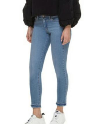 Джинсы по фигуре / в обтяжку, скинни, стильные джинсы terranov...