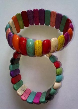 Широкий браслет из камней самоцветов