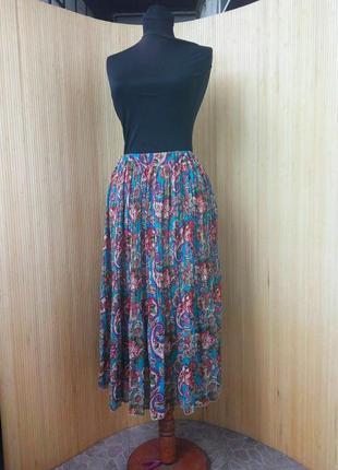 Шифоновая юбка плиссе ниже колена с поясом резинкой