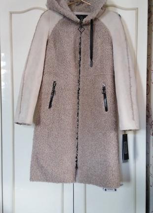 Очень красивое и стильное демисезонное пальто