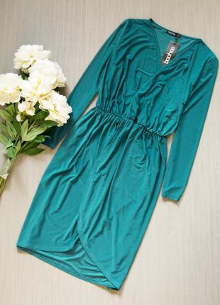 Платье на запах boohoo
