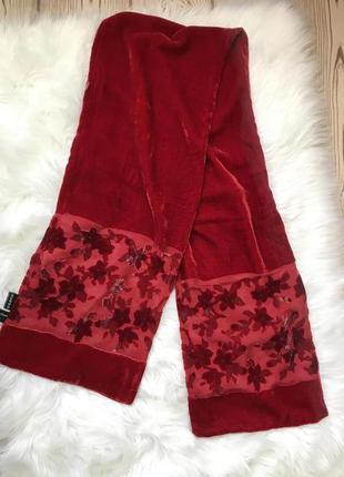 Бордовый барахатный шарфик