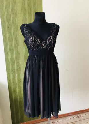 Открытое нарядное кружевное платье debut