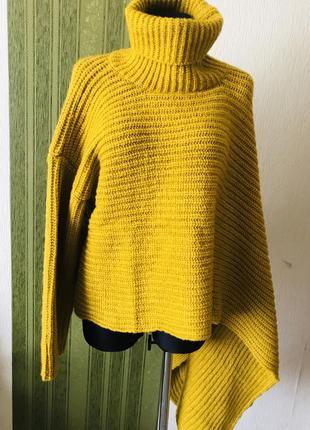 Экстравагантный ассиметричный свитер /пончо
