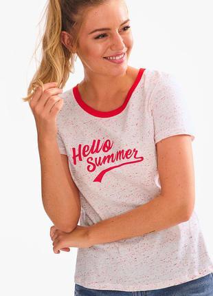 Яркая женская футболка от yessica