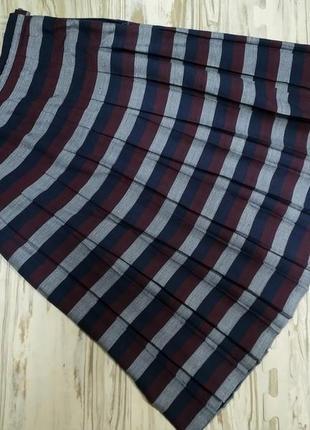 Модная юбка ниже колена