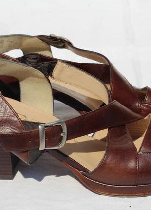 Роскошные кожаные босоножки ara flair 38-39