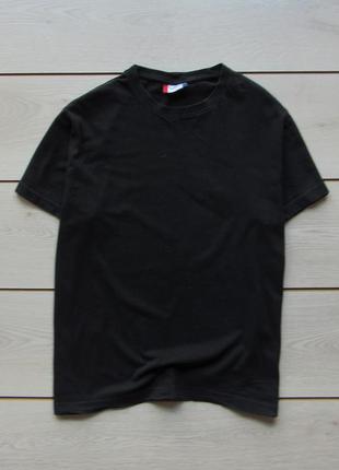 Базовая футболка унисекс