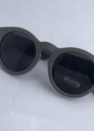 Серые солнцезащитные очки ! uv400