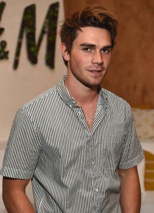 Белая полосатая рубашка h&m в серую полоску !
