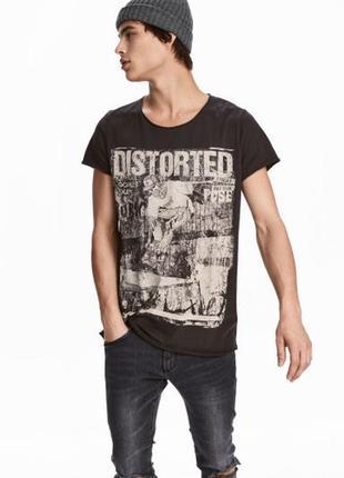 Чёрная футболка h&m с принтом !
