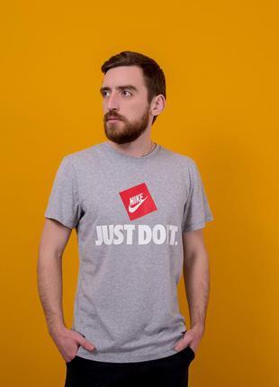 Серая мужская спортивная футболка nike (найк). батал