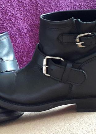 Ботинки в стиле байкерских,кожа