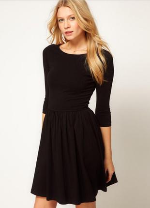 Базовое платье с юбкой солнце