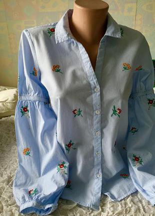 Шикарная трендовая блузка с широкими рукавами и вышивкой edc xs