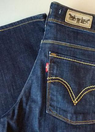 Широкие укороченные джинсы тренд levis 474 loose fit 27х32