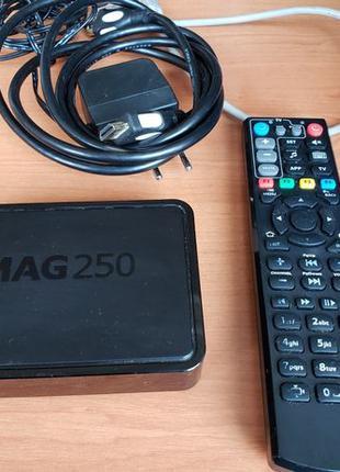 Mag 250 медиа приставка для смарт ТВ