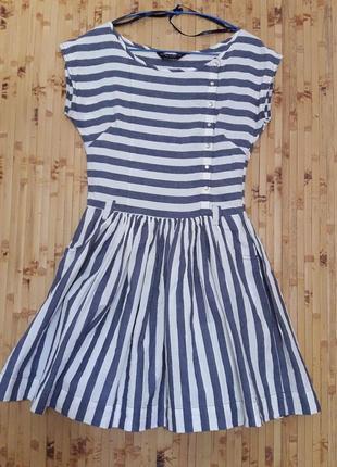 Коттоновое платье в морском стиле в полоску