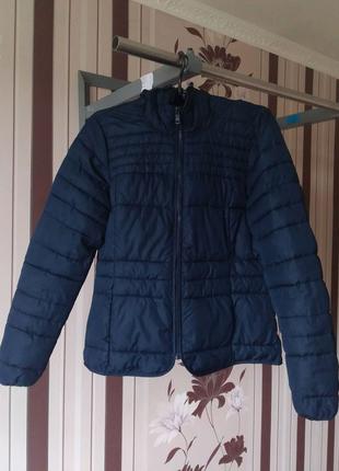 Женская весенняя куртка с капюшоном  Only made in Cambodia