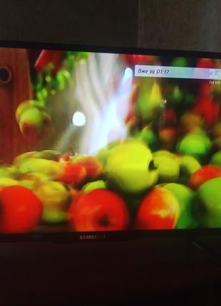 Samsung Led 42 Smart TV.