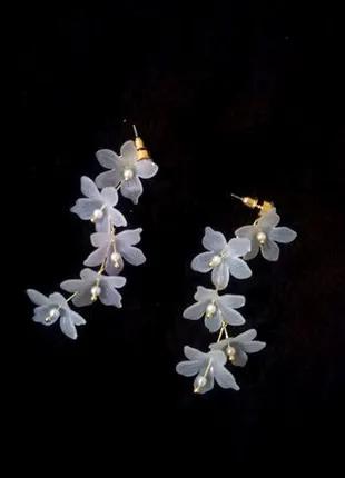 Красивые серьги цветы
