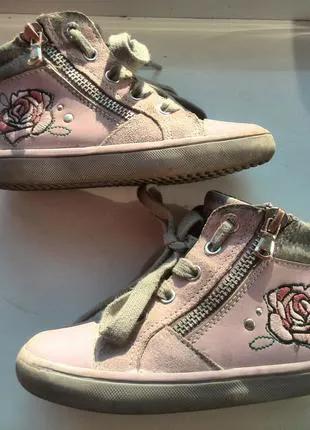 Geox кожаные ботинки. Размер 25