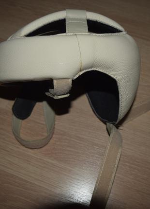 Открытый шлем для тренировок и соревнований по единоборствам, б/у