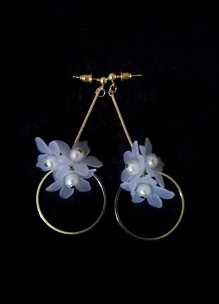 Оригинальные серьги кольца цветы