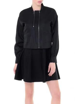 Черная куртка ветровка Sisley